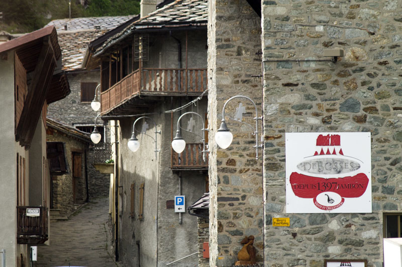 il-borgo-saint-rhemy-en-bosses-hotel-suisse-svizzera-vda-valle-aosta-gran-san-bernardo-great-st-bernard-pass-1