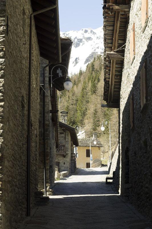il-borgo-saint-rhemy-en-bosses-hotel-suisse-svizzera-vda-valle-aosta-gran-san-bernardo-great-st-bernard-pass-5