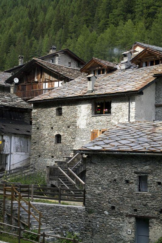 il-borgo-saint-rhemy-en-bosses-hotel-suisse-svizzera-vda-valle-aosta-gran-san-bernardo-great-st-bernard-pass-8